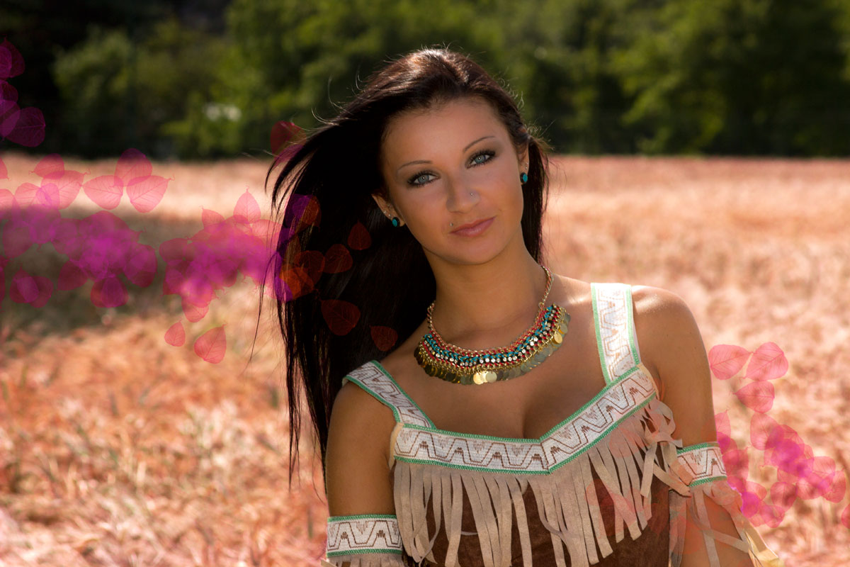 Princess Photoshooting - Pocahontas by Emmanuelle Wood