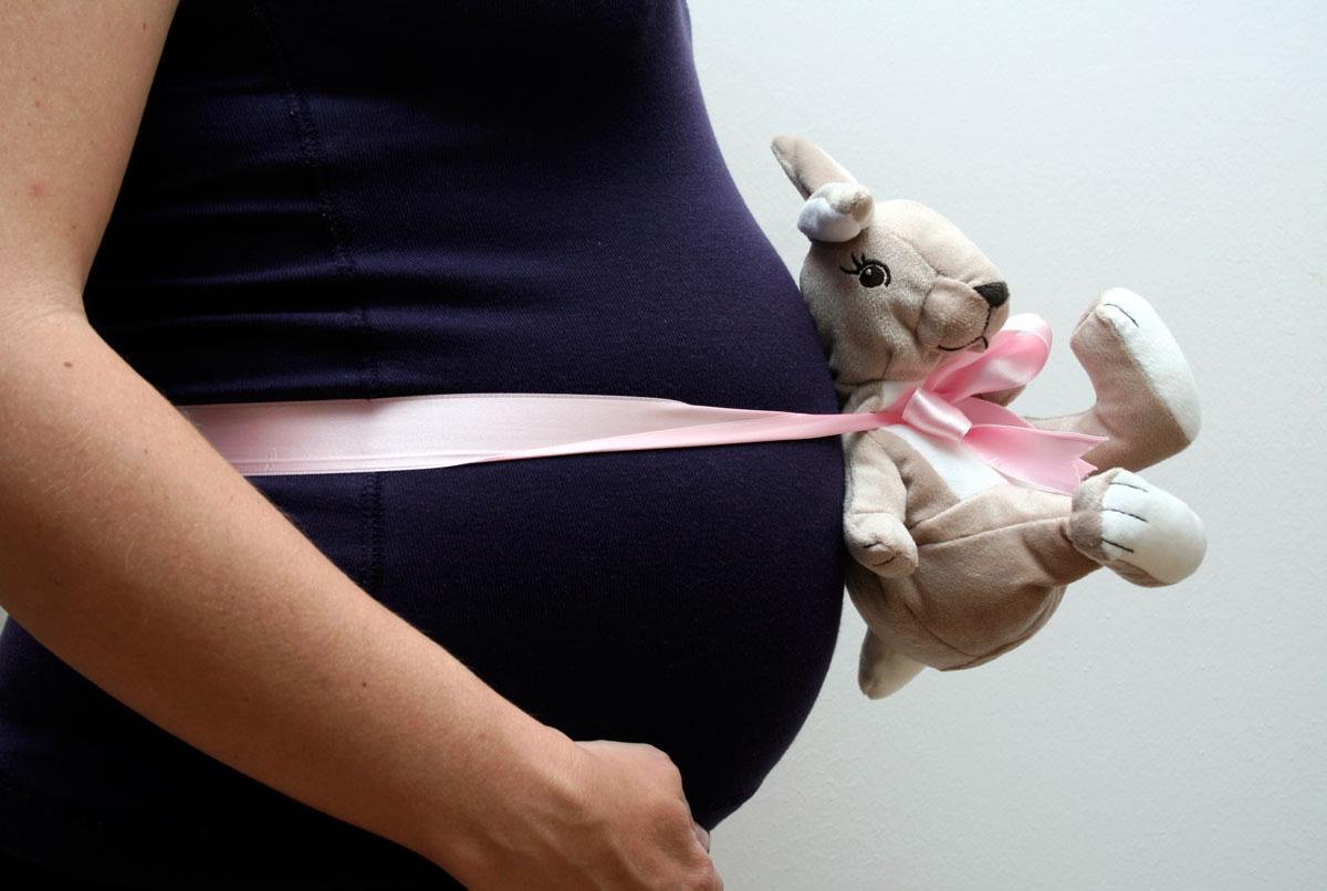 Schwangerschafts-Fotos by Emmanuelle Wood